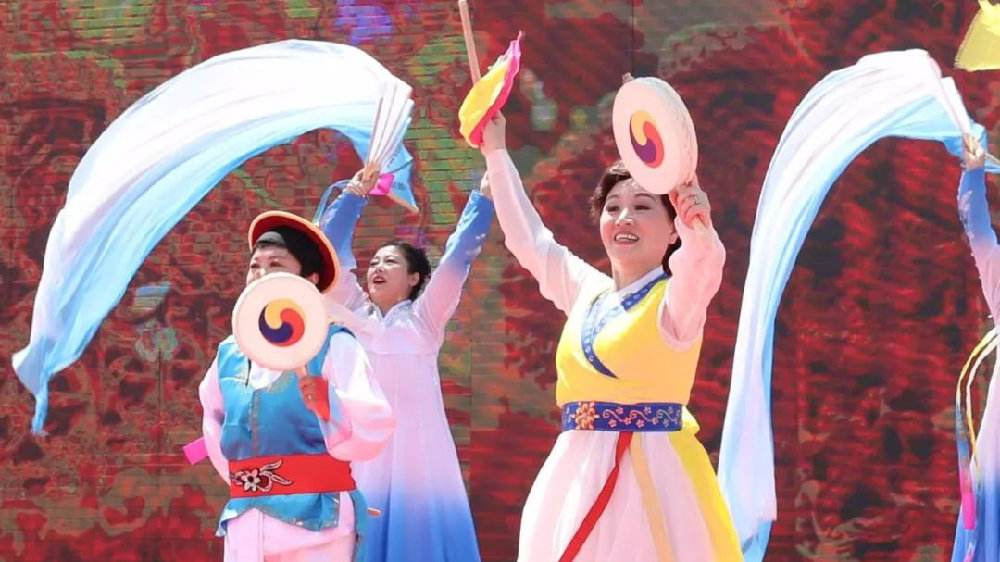 제1회 중국조선족시가절 개막