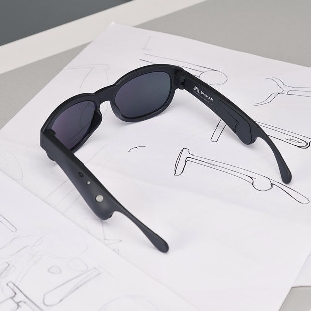 보지 않고 들려주는 신개념 AR 안경