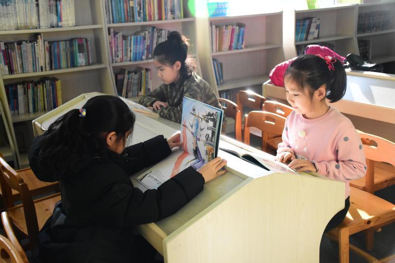 연길시소년아동도서관, 방학기간 독서강좌와 작문교실도 무료로 개강