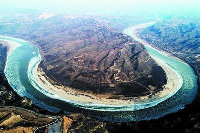 산서성 림분시 경내의 황하에 대면적의 류빙현상이 나타나