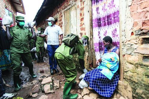 우간다 정부 구조식량 배급