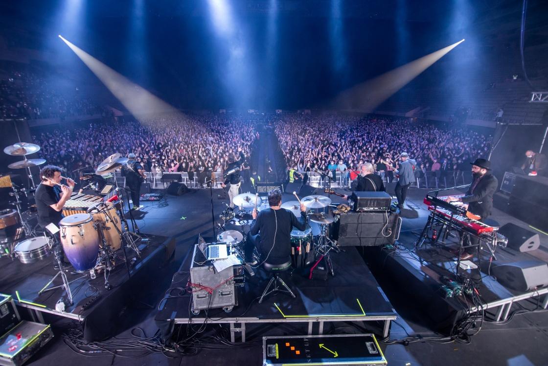 바르셀로나서 5000명 관중 참가한 대형 록 음악회 거행